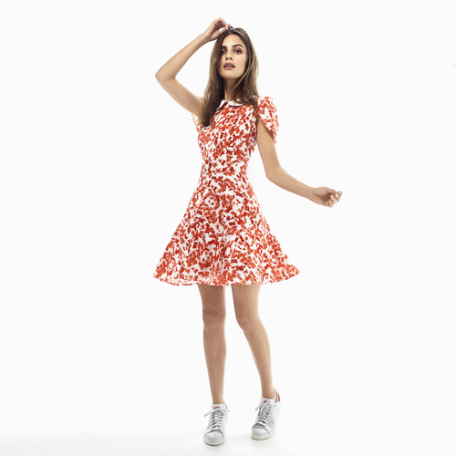 PiaTjeltabyTiMo_SS15_1510028_PI_FRONT_RED_3900
